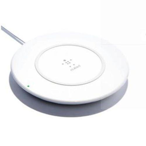 Belkin BOOST UP 7.5 W Wireless Charging Pad Qi-Certified for